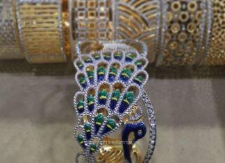 Bold Peacock Bangle Design