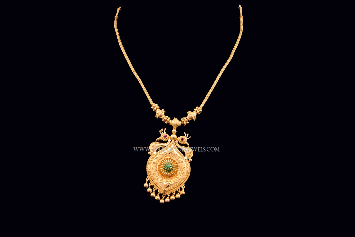 Light Weight Short Gold Necklace South India Jewels
