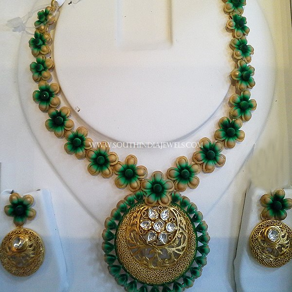 Gold Designer Necklace With Earrings From New Sri Vasavi