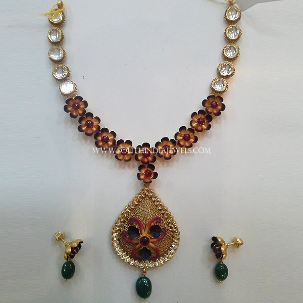 Gold Floral Necklace With Earrings