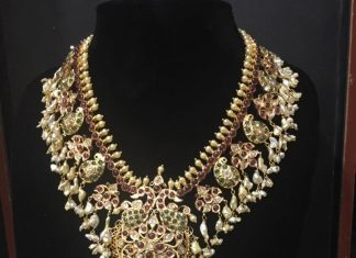 Grand Gold Guttapusalu Necklace Set
