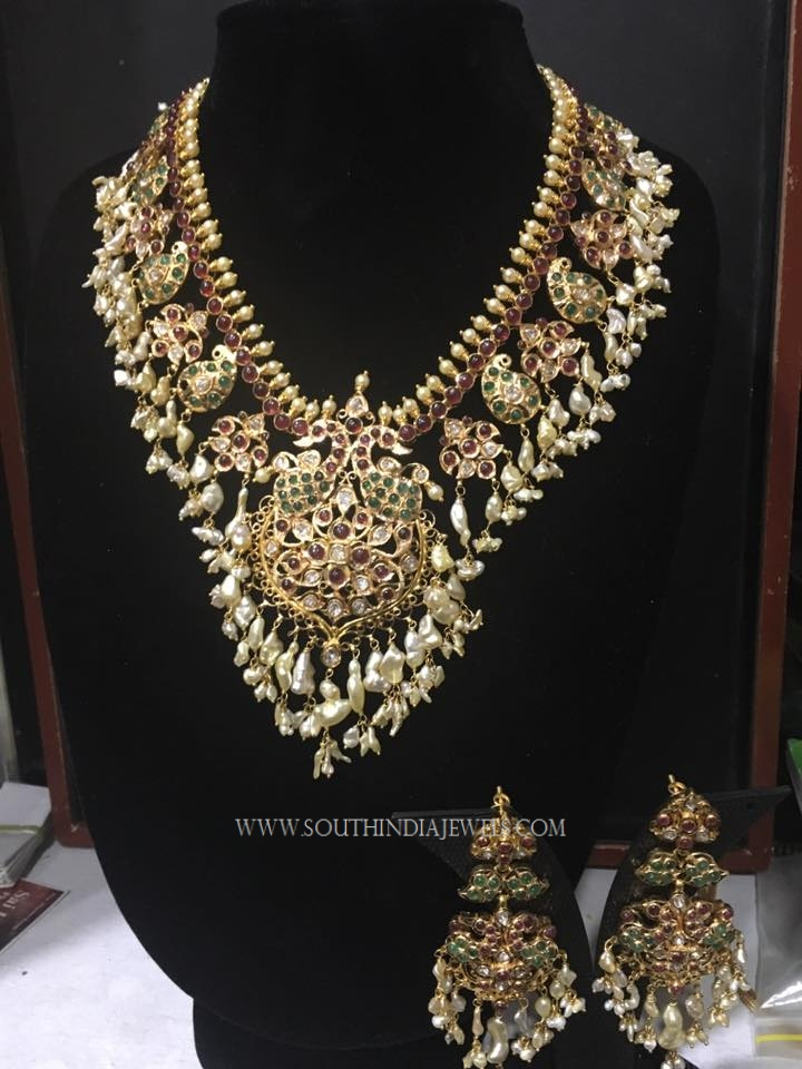 Grand Gold Guttapusalu Necklace Set