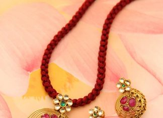 Gold Pendant Set From Manubhai Jewellers