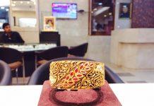 Gold Antique Designer Kada