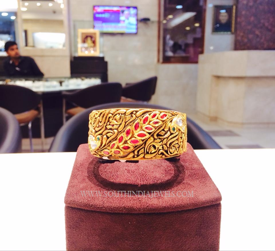 Gold Antique Designer Kada