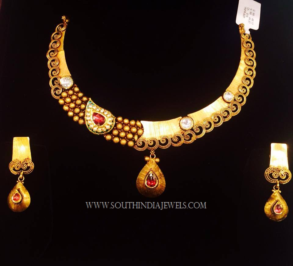Gold Designer Kundan Necklace Set