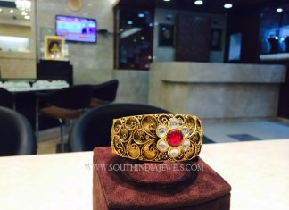 Gold Ruby Kada Bangle Model
