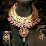 Grand Gold Kemp Choker & Earrings