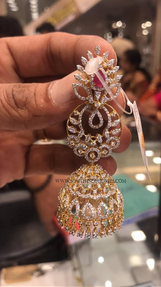 Layered Gold Diamond Jhumka Model