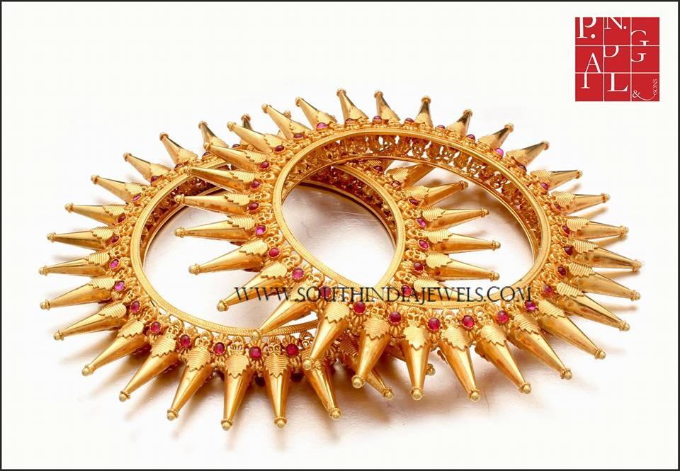 Traditional Gold Spike Bangle Design