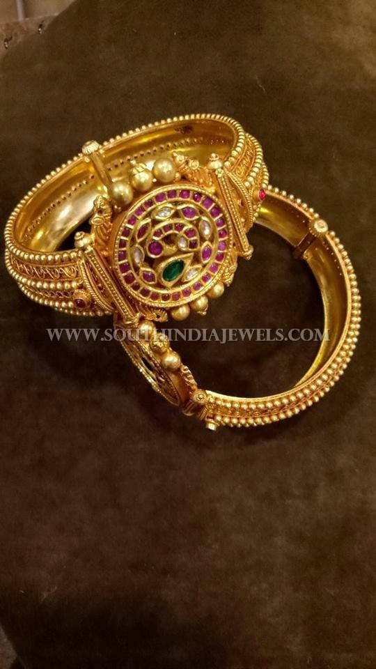 Gold Antique Kemp Kada Bangle Design
