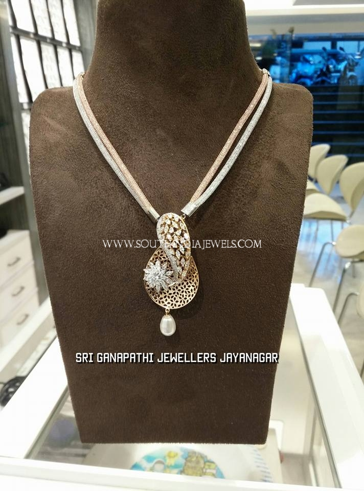 Gold Mesh Chain With Designer Pendant