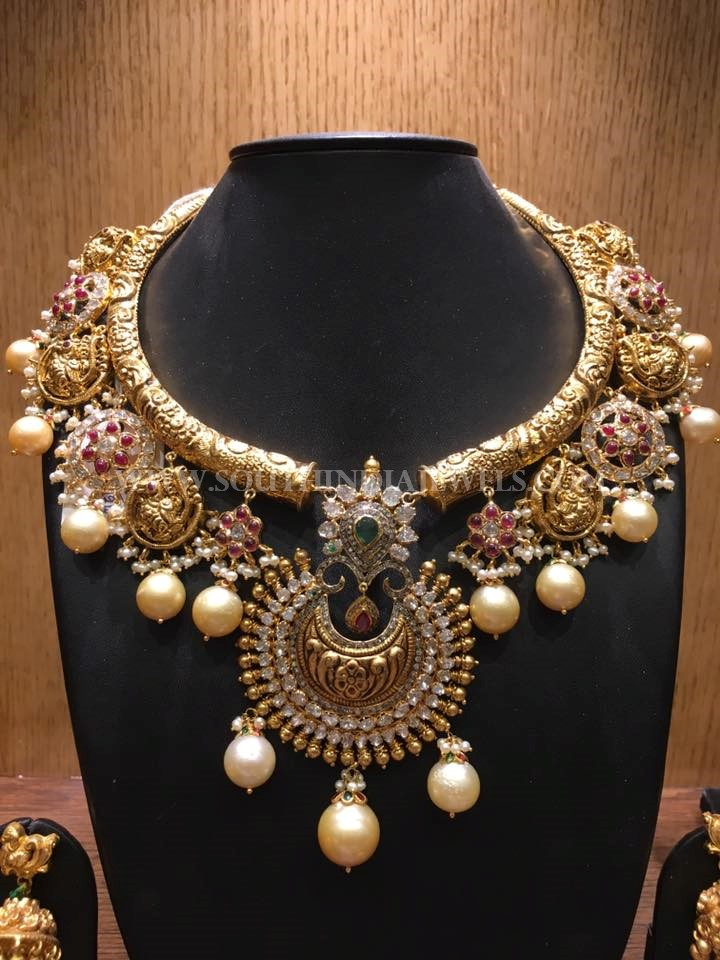 Gold Nakshi Kante Necklace