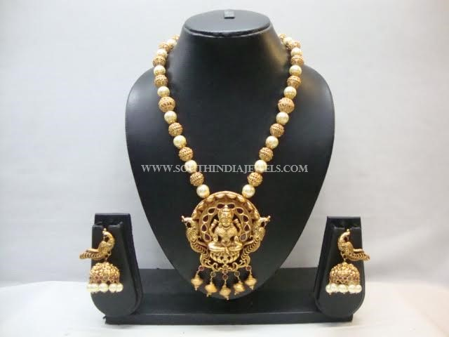Imitation Temple Pearl Mala