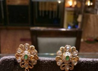 Gorgeous Gold Stone Jhumka