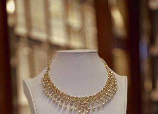 Gold Polki Pearl Necklace Design