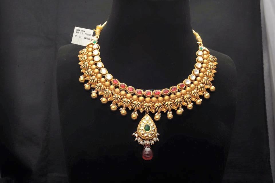 Gold Designer Choker From Sumangali Jewellers