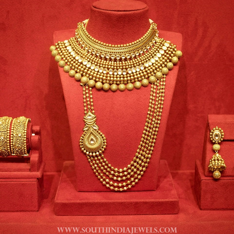 Bridal Jewellery Set From Manubhai Jewellers