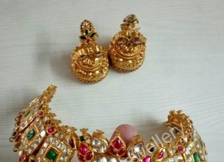 Gold Antique Kundan Choker From Anagha Jewellery