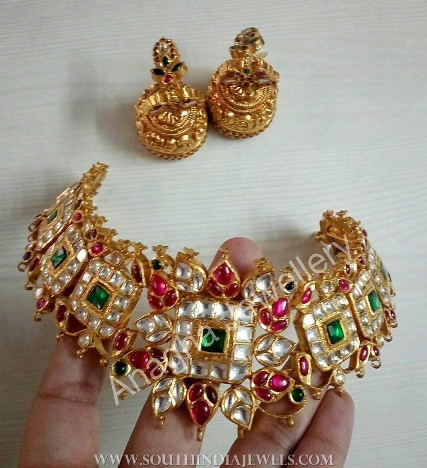 Gold Antique Kundan Choker From Anagha Jewellery