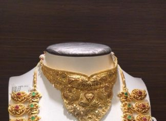 22K Gold Necklace and Choker Set