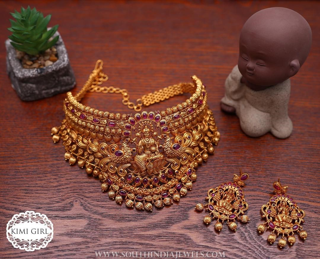Temple Choker Set From Kimi Girl