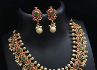 Imitation Ruby Emerald Necklace With Ear Studs