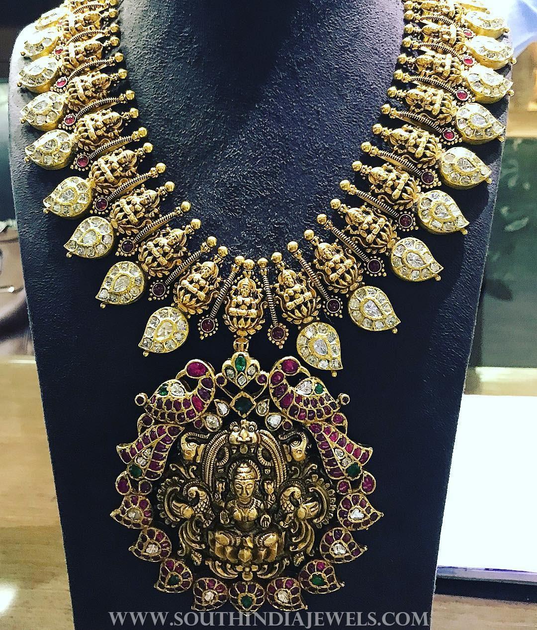 Beautiful Temple Necklace Design