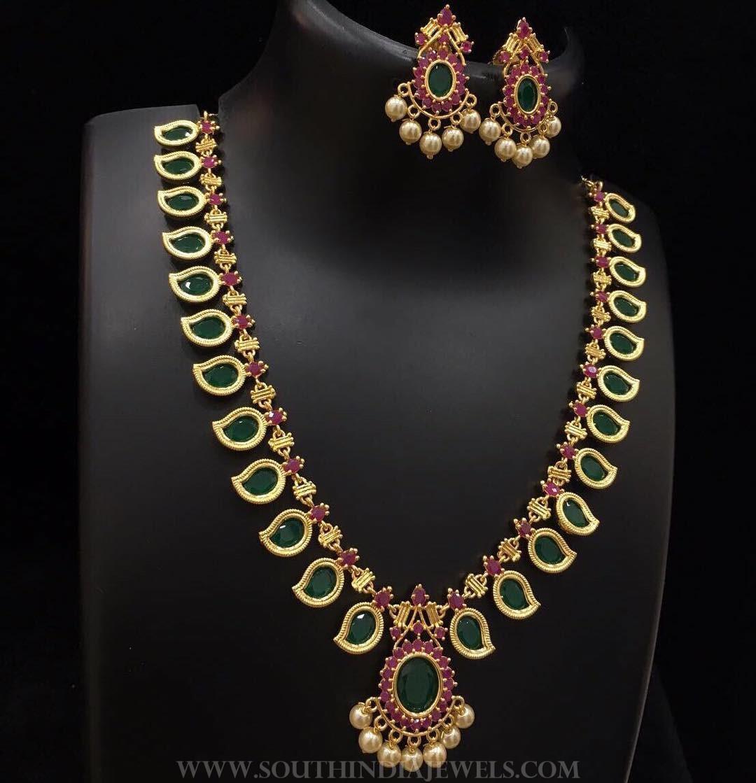 Green Stone Necklace & Earrings