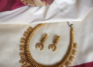 Trendy Antique Necklace Set From Rimli Boutique