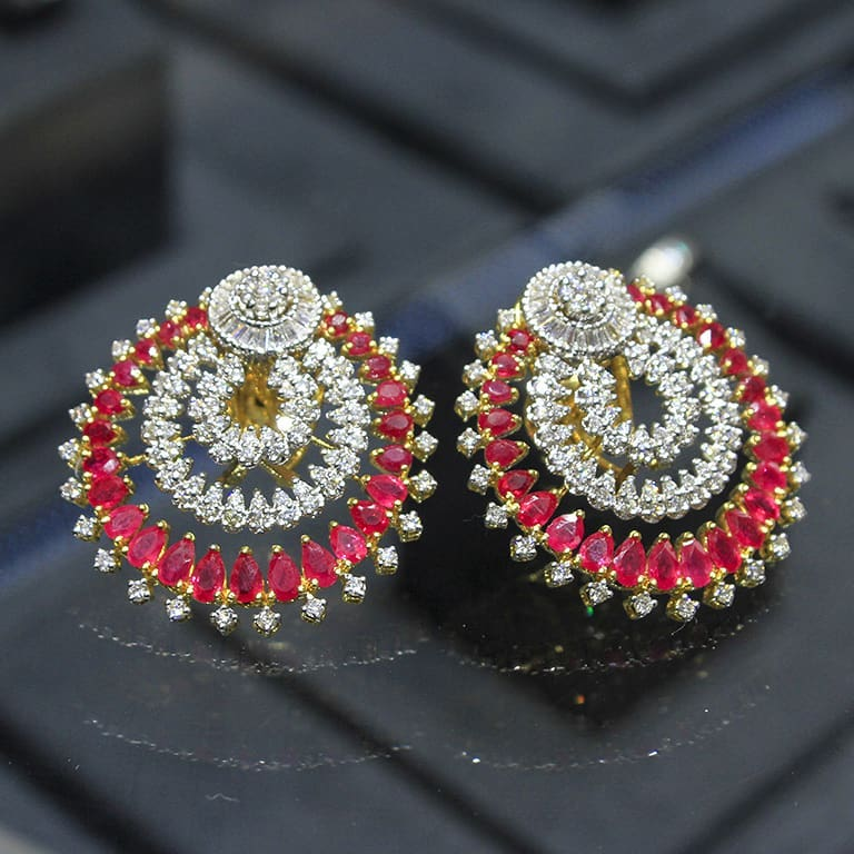 Diamond earring Manubhai Jewellers