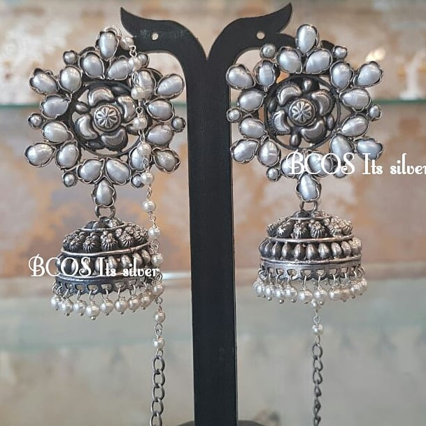 Silver oxidized pearl jhumka with pearl maatal.
