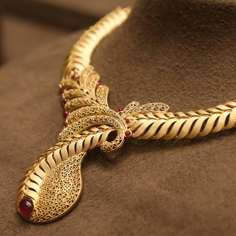 jewels thangamayil south catalogue necklace gold from beautiful india jewellery