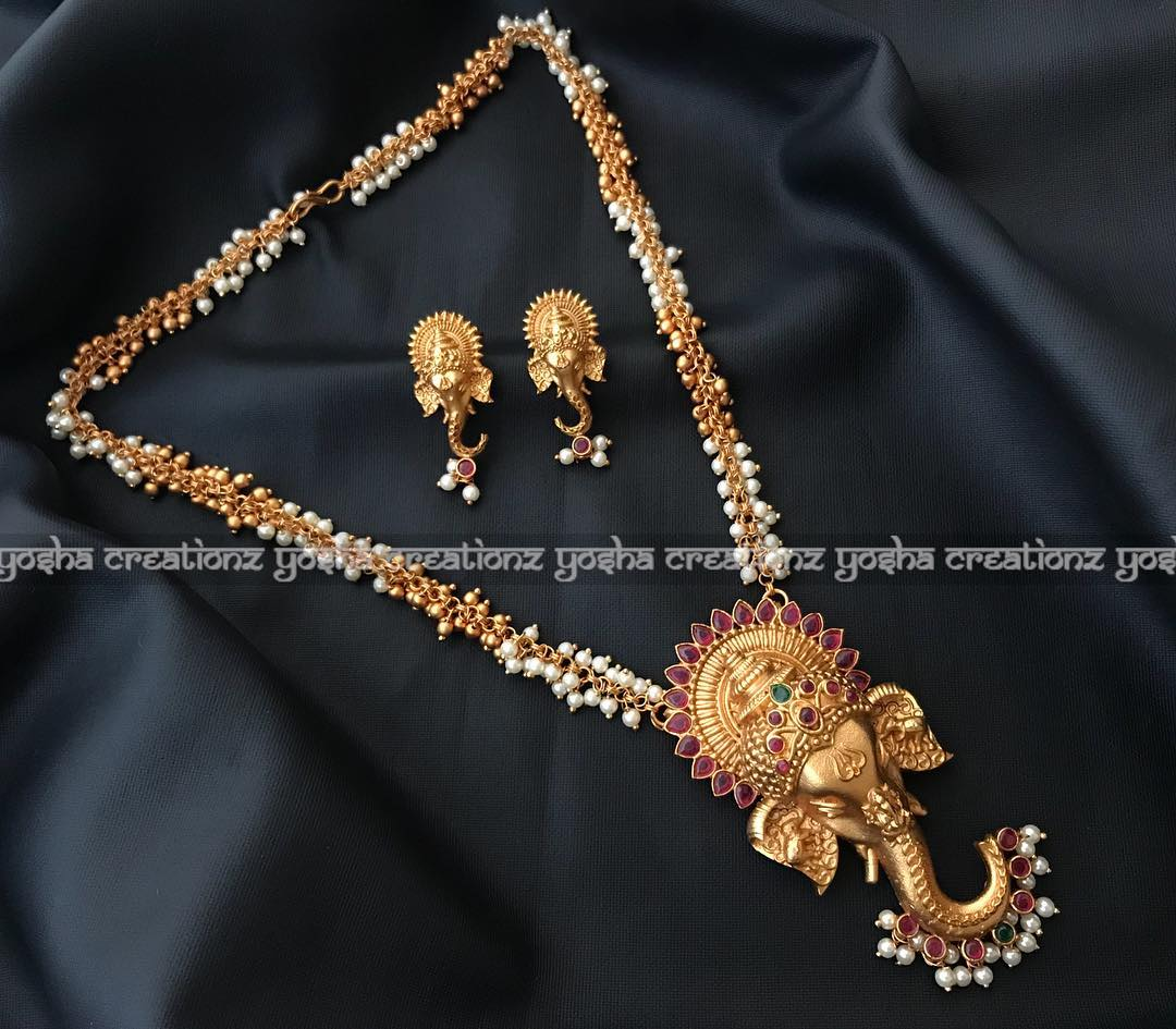 Mesmerising temple jewellery set from Yoshacreationz