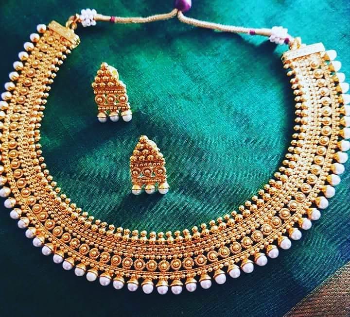 Pretty Necklace Set From Vasahindia
