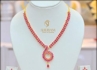 Pretty Short Necklace From Shubam Pearls & Jewellery