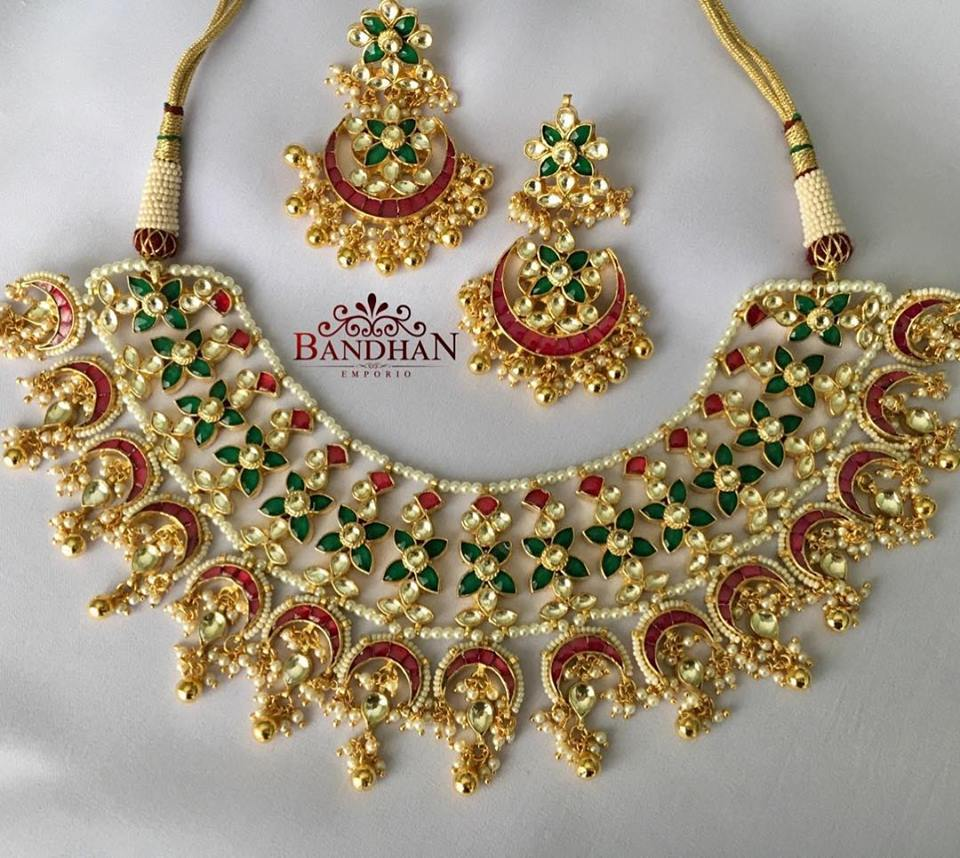 Stylish Kundhan Choker With Pearls From Bandhan