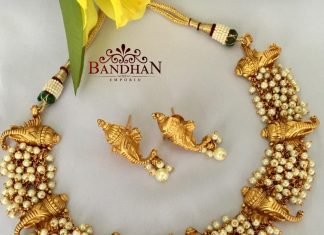 Traditional Temple Pearl Necklace from Bandhan