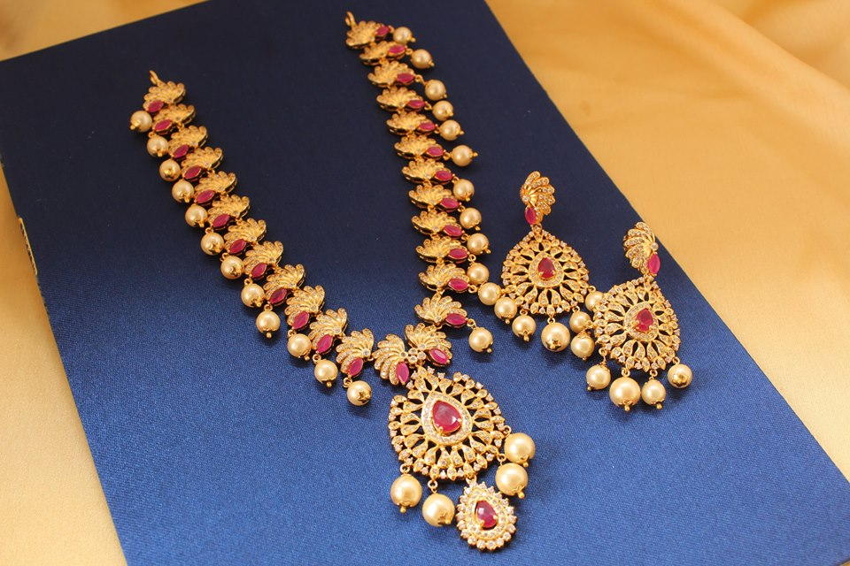 Eye Catchng Long Necklace Set Fro -Magha Store