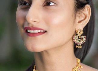 Modern Short Necklace From Tarinika