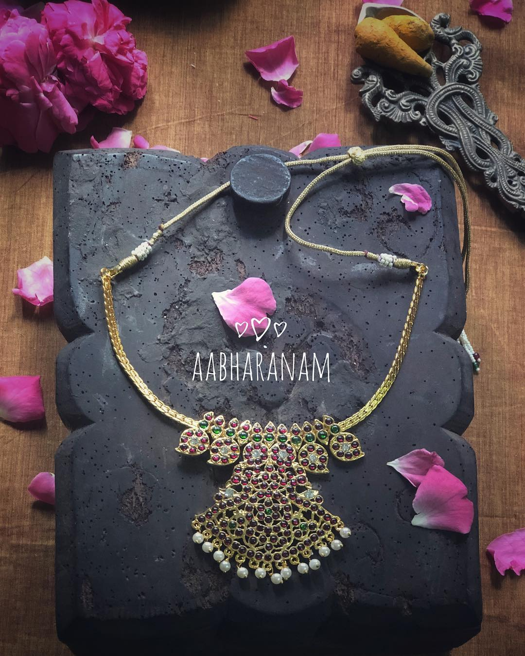 Artificial Choker From Abharanam