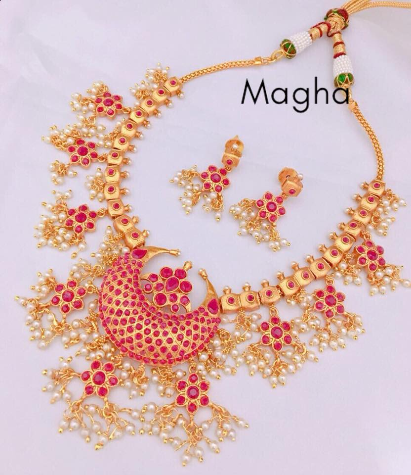Attractive Necklace Set From Magha-Store