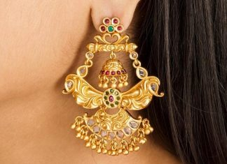 Pretty Earring From Shop Tarinika