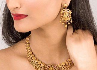 gorgeous necklace set From Shop Tarinika