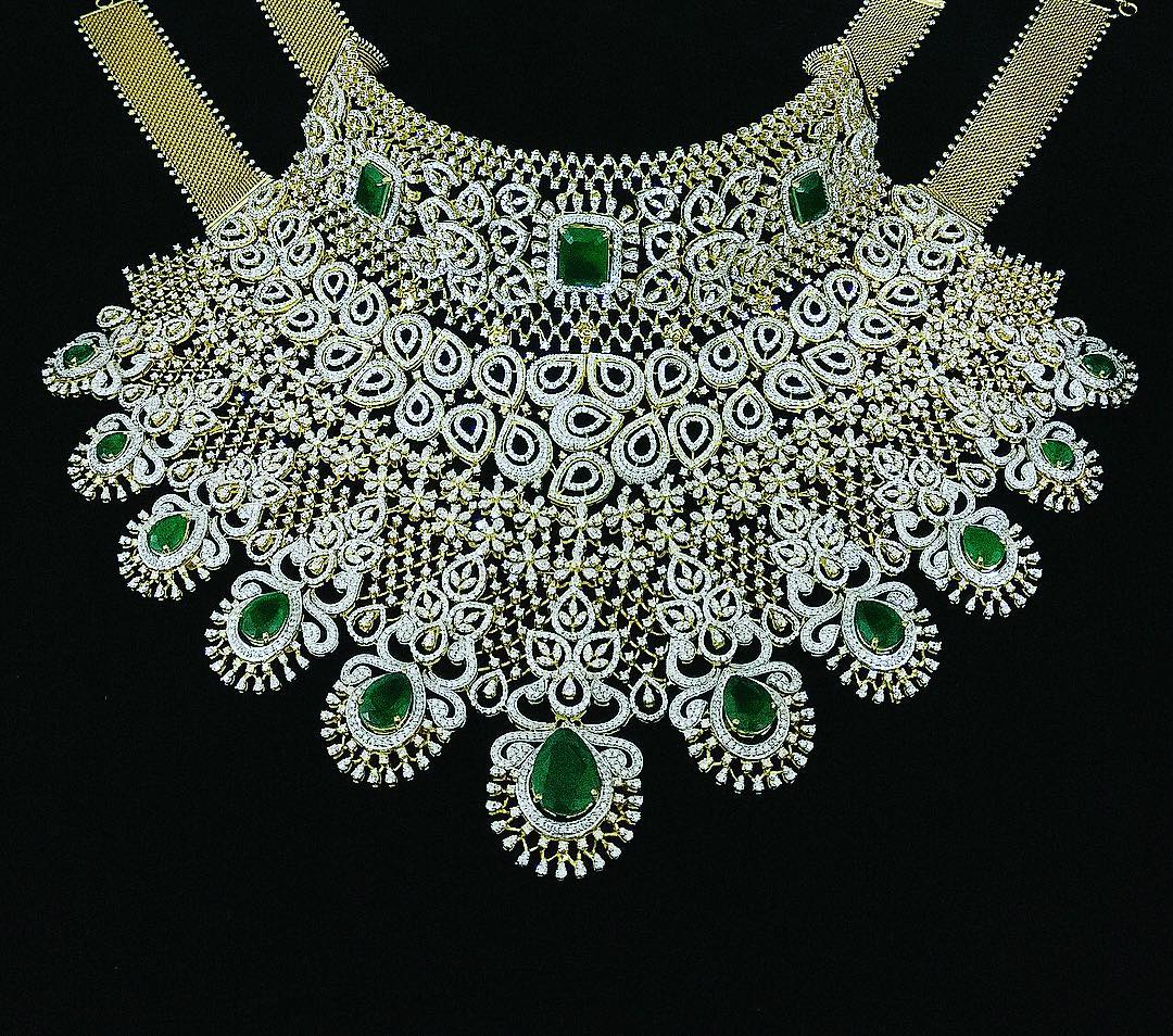 Gorgeous Diamond Set From P.Satyanarayan Sons Jewellers