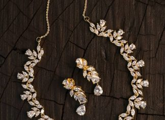 Precious White Stone Necklace From Kimi Girl