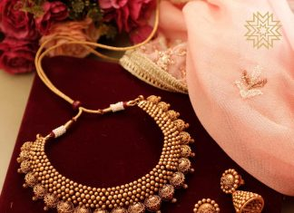 Amazing Gold Necklace Set From Manubhai Jewels