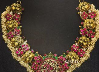 Attractive Necklace From Silver Sashti
