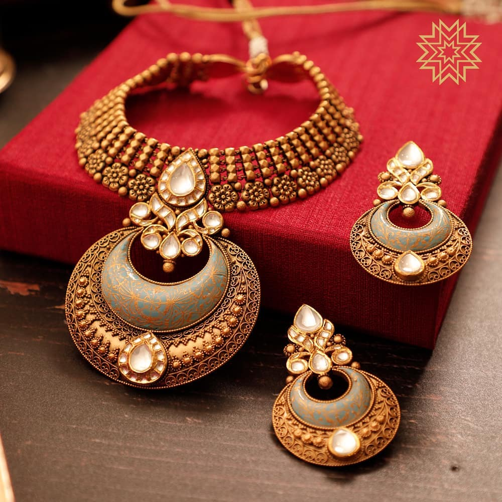 Charming Gold Necklace From Manubhai Jewels