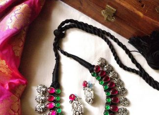 Cute Temple Necklace Set From Vriksham